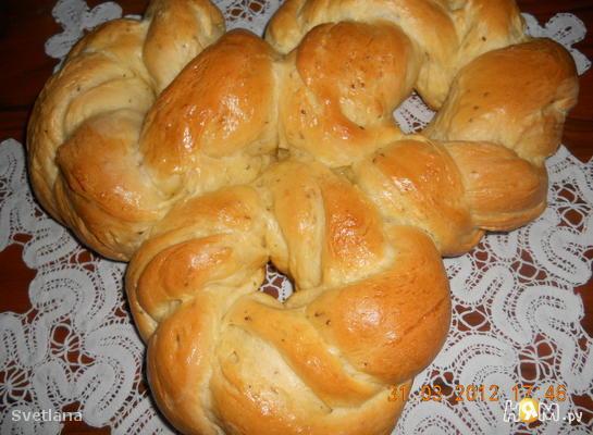 Греческий  Пасхальный хлеб с анисом
