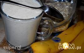 Йогуртовый коктейль с овсянкой и творогом
