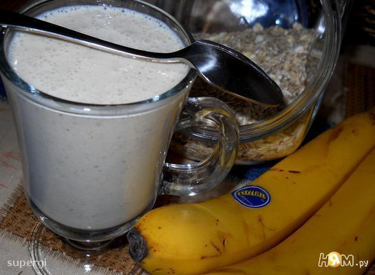Рецепт Йогуртовый коктейль с овсянкой и творогом