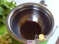 Приготовление салата весеннего: шаг 2
