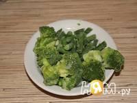 Приготовление белкового омлета с брокколи и фасолью: шаг 1