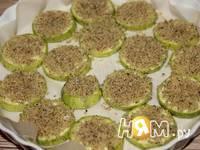 Приготовление кабачков запеченных с сыром и орехами: шаг 3
