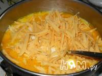 Приготовление омлета с одуванчиками: шаг 7