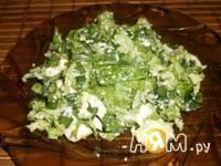 Приготовление легкого салата с кунжутом: шаг 1