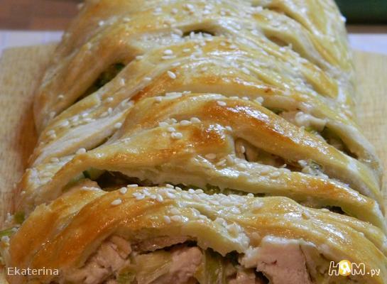 Пирог с курицей и луком порей