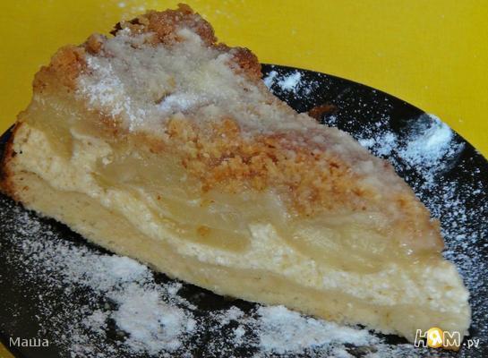 Грушевый пирог с хрустящей посыпкой