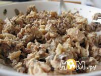 Приготовление пирога с консервированным лососем: шаг 2