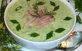Холодный огуречный суп с фасолью и ветчиной