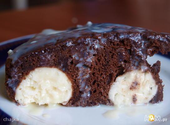 Шоколадный пирог с шариками