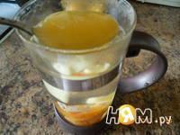 Приготовление имбирного чая с курагой: шаг 3
