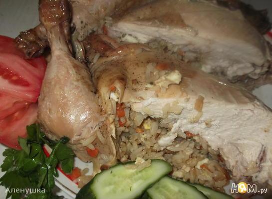 Запеченная курица,фаршированная рисом