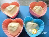 Приготовление конфет клубника в белом шоколаде: шаг 6