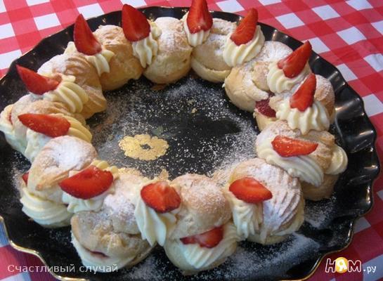 """Торт """"Клубничное кольцо"""""""