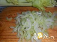 Приготовление пикантного салата с апельсином: шаг 5