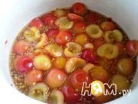 Приготовление соуса из черешни: шаг 4