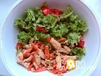 Приготовление салата с курицей в апельсиновом соусе: шаг 8