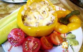 Перец фаршированный картофелем и мясом