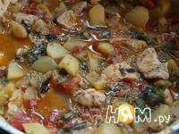 Приготовление куриного филе, тушеного с овощами: шаг 6