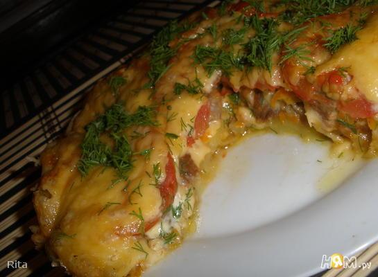Мясная запеканка с картофелем и помидорами