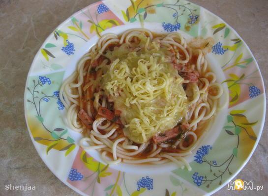 Рецепт Спагетти с ветчиной в томатном соусе