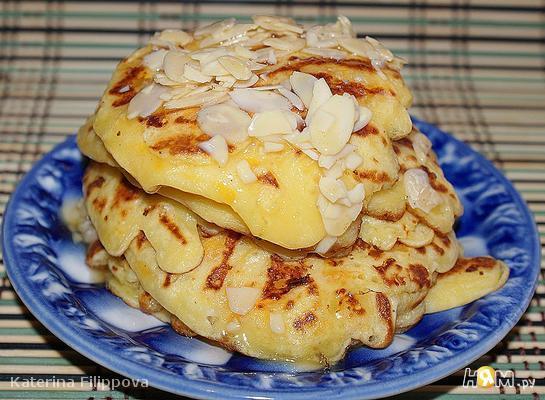 Рецепт Тыквенные оладьи с медовыми орехами