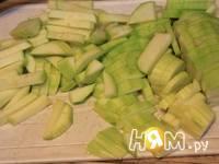Приготовление пудинга из кабачка и яблока: шаг 1