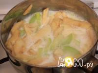 Приготовление пудинга из кабачка и яблока: шаг 4