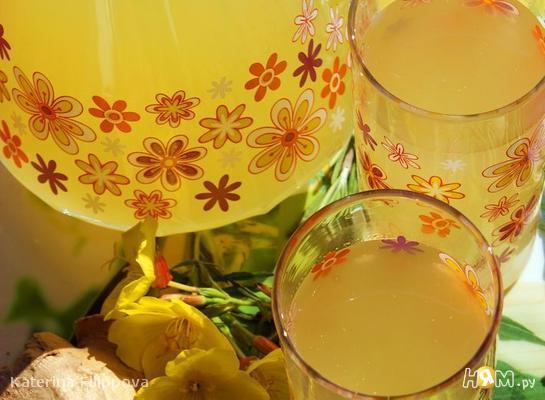 Рецепт Имбирный напиток с лимоном и розмарином