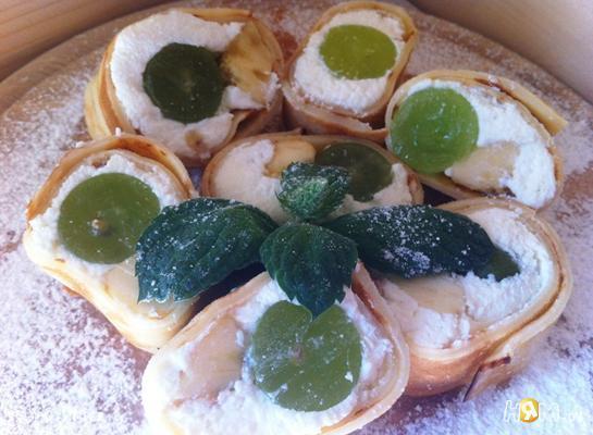 Рецепт Роллы с творогом и фруктами