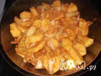 Приготовление запеченной рульки с овощами: шаг 6