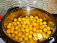 Приготовление соуса из алычи: шаг 2