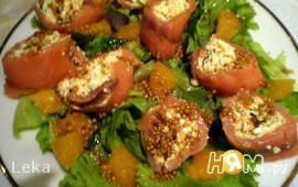 Салат с творогом и семгой