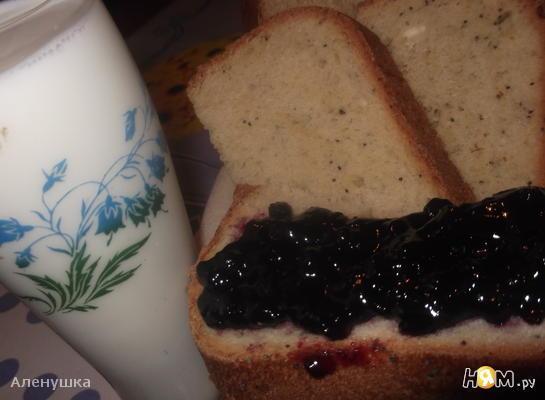 Белый хлеб на ряженке