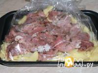 Приготовление свинины с картофелем запеченной в рукаве: шаг 9