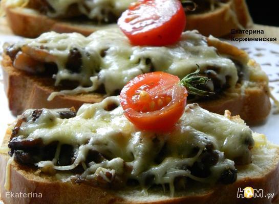 Рецепт Сырные гренки с грибами
