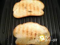 Приготовление горячих бутербродов с инжиром и сыром: шаг 1