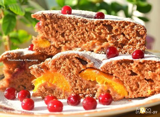 Шоколадно - медовый пирог с абрикосами