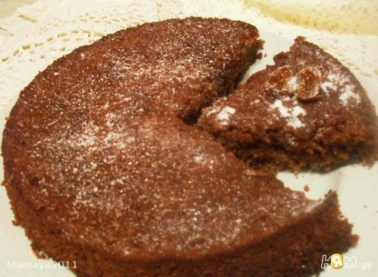 Медовый пирог с сушеным инжиром