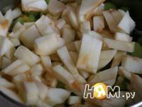 Приготовление варенья из ревеня с яблоками и имбирем : шаг 5