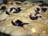 Приготовление пирога со сливами: шаг 5