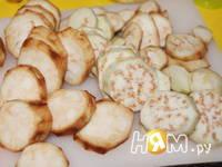 Приготовление свинины с баклажанами,  в омлете: шаг 4