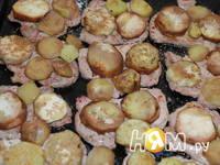 Приготовление свинины с баклажанами,  в омлете: шаг 7