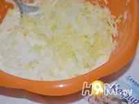 Приготовление кабачково-яблочные оладушки: шаг 2