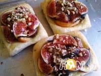 Приготовление слоеных пирожных с инжиром и персиками: шаг 10
