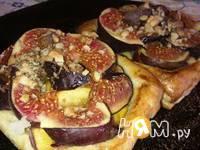 Приготовление слоеных пирожных с инжиром и персиками: шаг 11