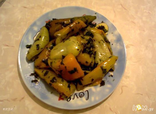 Рецепт Тушеный перец болгарский со свежей зеленью