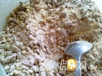Приготовление орехового пирога: шаг 6