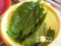 Приготовление салата из огурцов и шпината: шаг 2