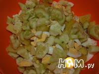 Приготовление салата с треской: шаг 5