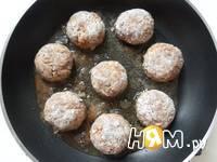 Приготовление мясных тефтелей в соусе: шаг 17